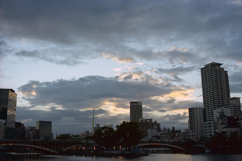トワイライト天神橋